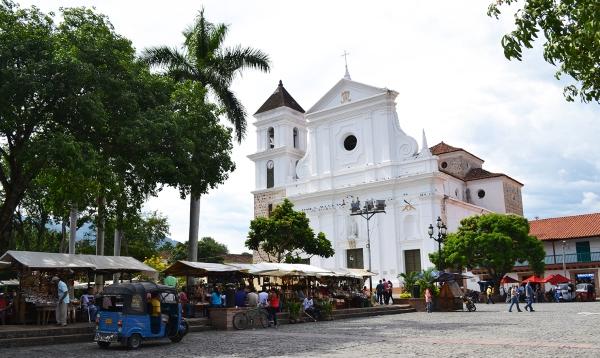 Plaza Principal de Santa Fe de Antioquia, Colombia