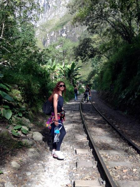 Camino de Hidroeléctrica a Aguas Calientes, Perú