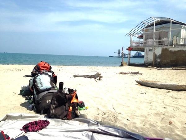 Playa de Tolu,Colombia. Viajando a dedo por Colombia