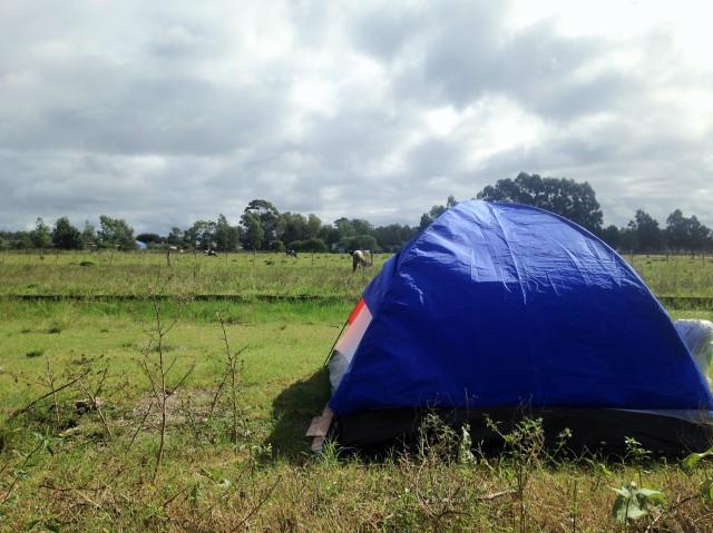 Carpas en la intemperie, viajando a dedo por Brasil